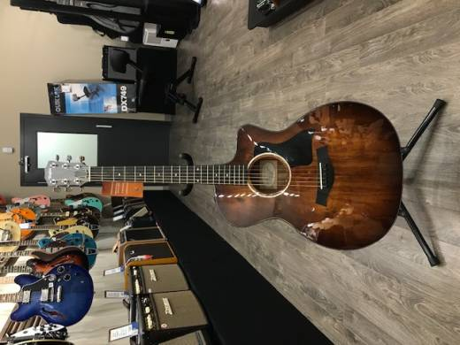 Taylor Grand Auditorium All-Koa Solid-Top Acoustic/Electric Guitar